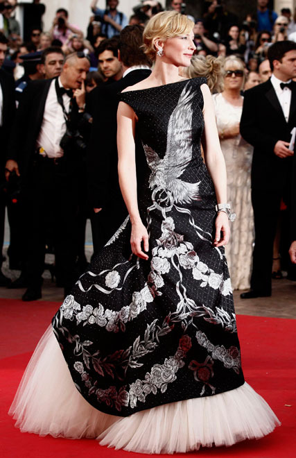 Cannes: stars on red carpet
